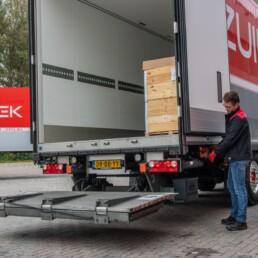 ADR-Transport pallet lossen - ZUIDWEST Logistiek