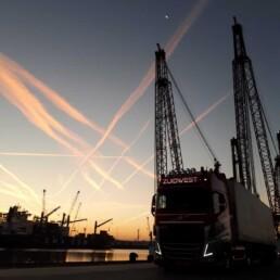 Nachtdistributie in de haven - ZUIDWEST Logistiek